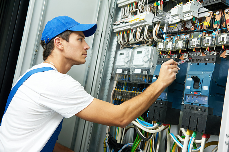 Domestic Electrician in Huddersfield West Yorkshire