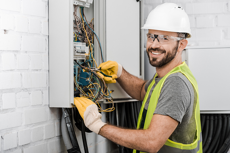 Local Electricians Near Me in Huddersfield West Yorkshire