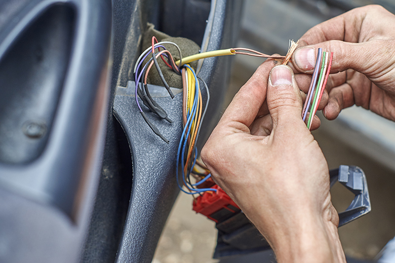 Mobile Auto Electrician Near Me in Huddersfield West Yorkshire